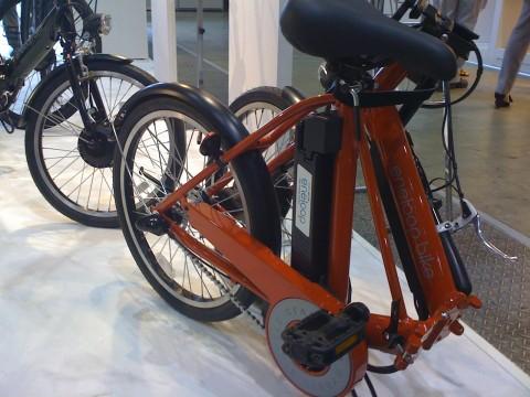 今、話題沸騰中の電動ハイブリッド自転車「エネループ バイク」。三洋電機のeneloop universeブースで実車が見られます!
