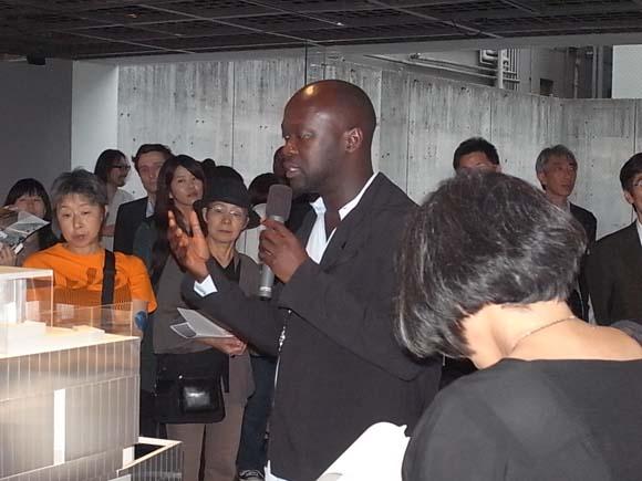 気鋭建築家 デイヴィッド・アジャイ 日本で初の個展が東京・港区でスタート