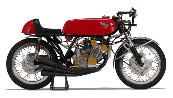 「1/9の小宇宙」歴史的名車スクラッチモデル: HONDA RC166/1966/ Japan