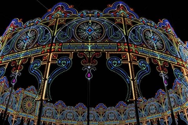 17回目のルミナリエが神戸にて開催 LEDによる鎮魂のあかり