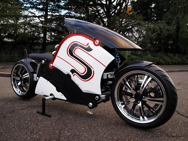 夢の電気バイク「zecOO(ゼクウ)」製作プロジェクト/後編 アナログとデジタルの使い分けでスムーズな開発