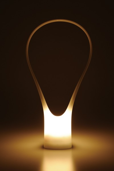 安心のあかりをフリースタイルで灯す ツインバード工業の「OLIGHT(オーライト)」
