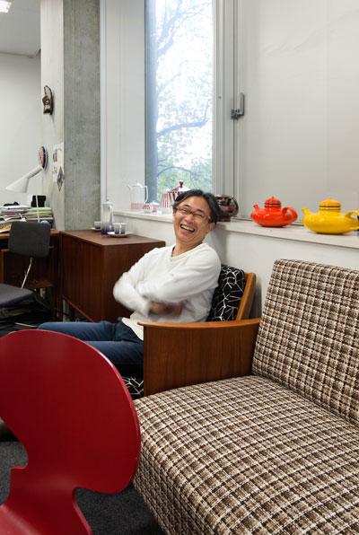 東京大学先端科学技術研究センター 中邑賢龍教授 「これからは、エコからボコです」ーーAXIS167号より