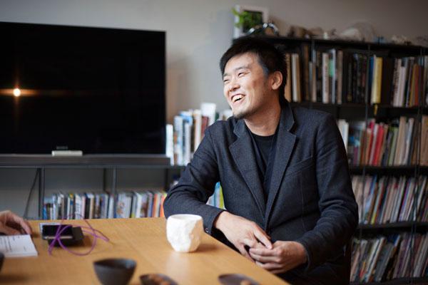 「太刀川英輔さんインタビュー 見えないものをデザインする人 」