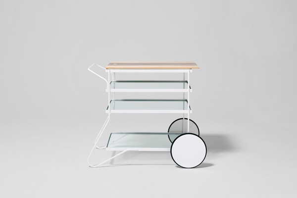 家具と人、空間に相互に影響を与え合う 小林幹也「skiff」