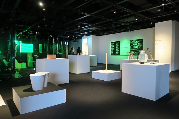 E&Yの設立30周年記念展覧会「evergreen」開催中
