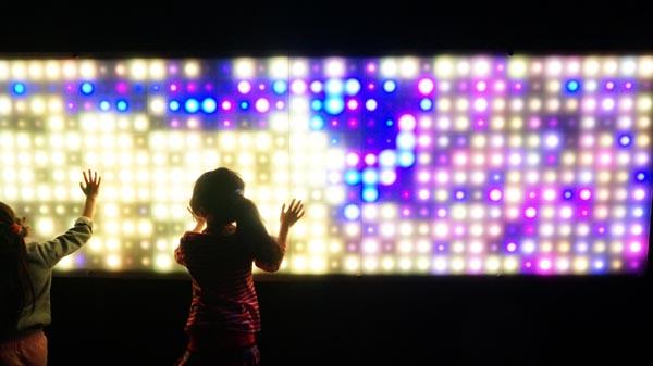 面出薫さん「光の巡回展を振り返る」ーー「Nightscape 2050」展にむけて