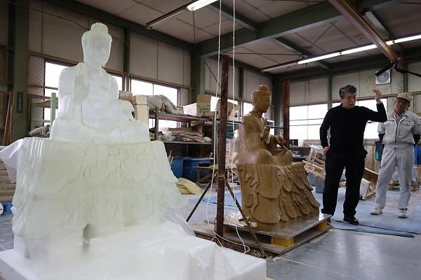 法隆寺釈迦三尊像のクローン文化財とは何か? 東京藝大と富山のプロジェクト