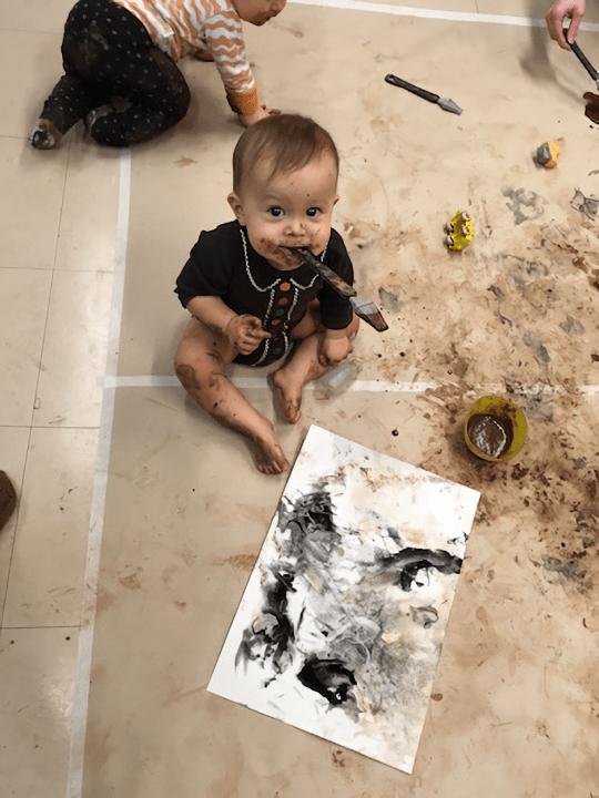 赤ちゃんがアーティスト!?  フィンランド発祥のワークショップ