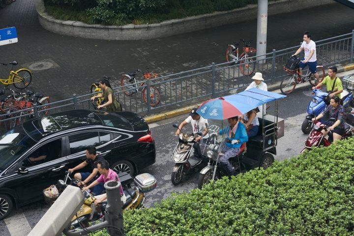 上海の交差点を制するのは誰か?