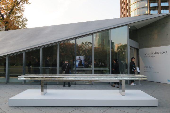 吉岡徳仁によるガラスのプロジェクト。 20年にわたって探求してきた光の世界を展示