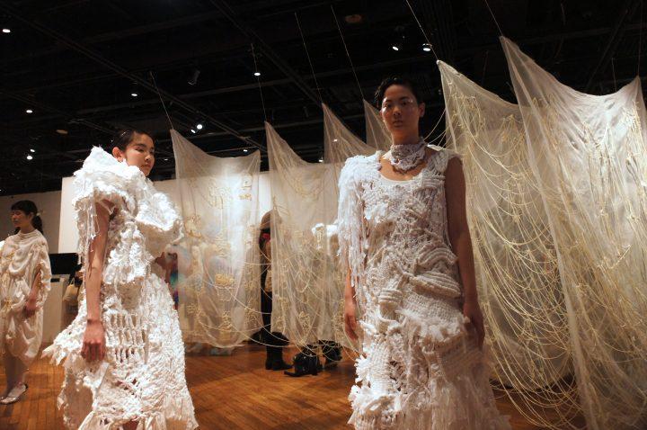 【卒展2018】女子美術大学ファッションテキスタイル表現領域。 自画像としてのファッション