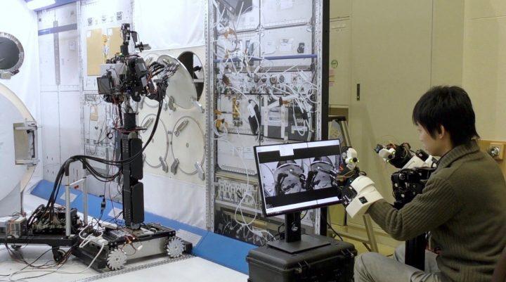 MELTIN MMIのアバターロボット「MELTANT-α」が宇宙を目指す JAXAにて初期実証を実施