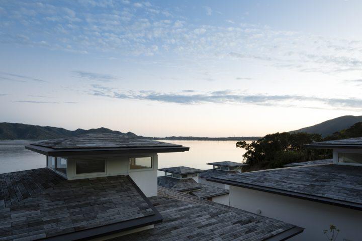アトリエ・天工人が提案する奄美大島のリゾート 「ネストアット奄美ビーチヴィラ」が完成