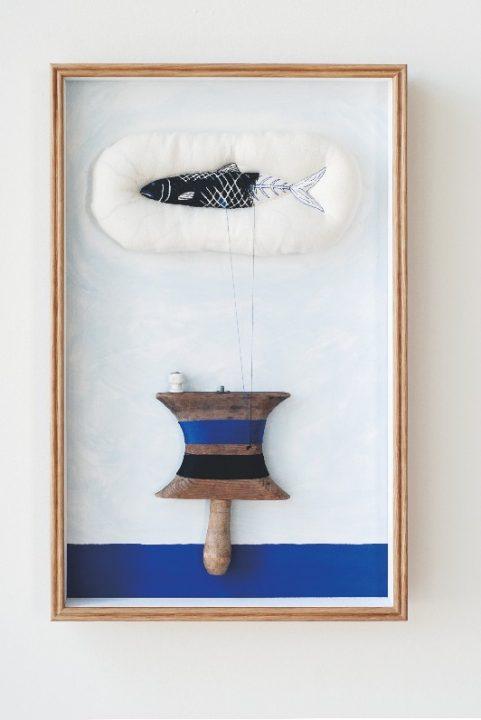北欧で使われていた生活の道具やモノをキャンバスに イデーショップ 自由が丘店にて 元永彩子 個展「クワ…