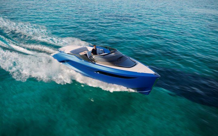 イタリアのピニンファリーナがスポーツヨット「R35」を発表 高級ヨットメーカーのプリンセス・ヨットとの…