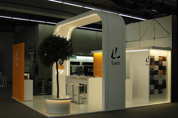 Light+Building 2018 レポート ライン照明をメインに、フレキシブルな提案力—— Luci (ルーチ)