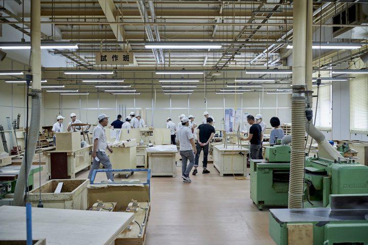 芦沢啓治☓トラフ建築設計事務所☓ノームアーキテクツ☓カリモクによる展覧会 テーマは「空間から家具を考え…