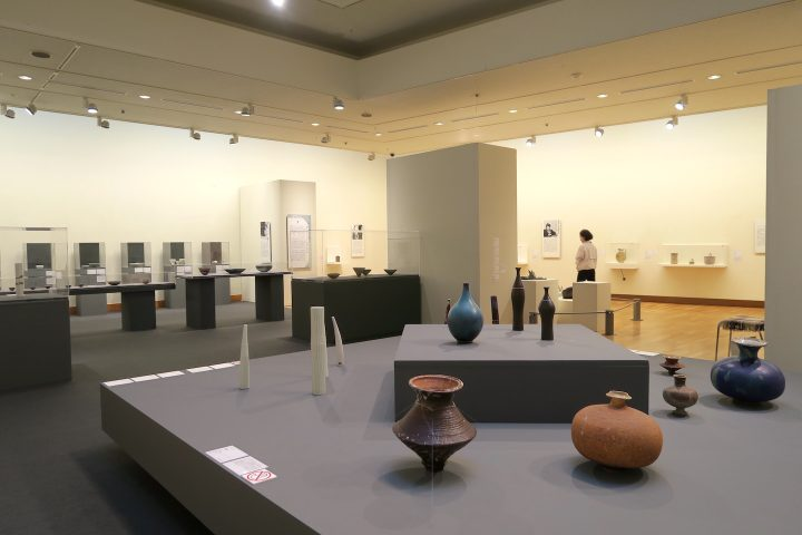 1932年 フィンランドの名窯・アラビア製陶所内に設立 「美術部門(アート・デパートメント)」が産業史に…