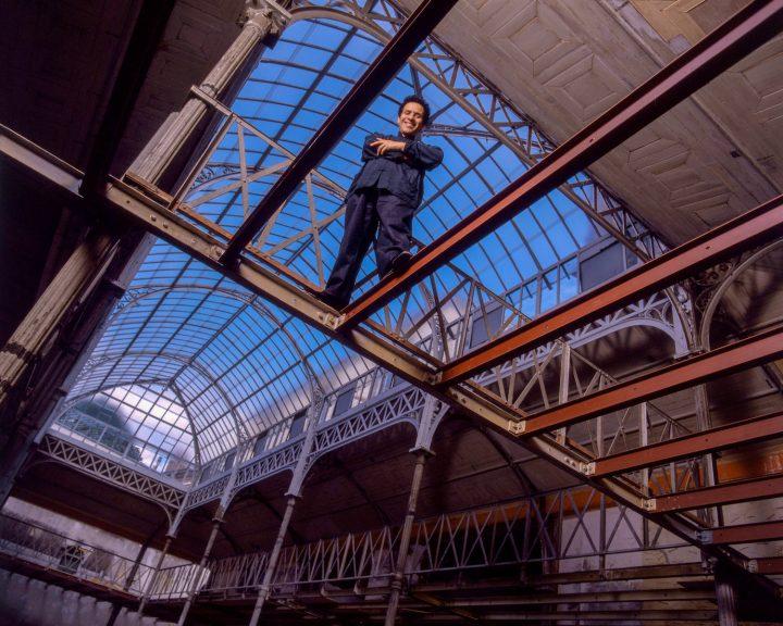 2017年に逝去したファッションデザイナー「アズディン・アライア」の回顧展 パリにて2019年1月6日(日)ま…