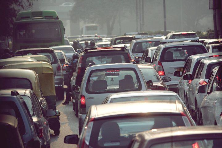 インドの路上から見えた、色彩レポート