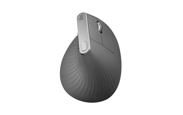 Logitechから高度な人間工学に基づいたマウスが登場 筋肉の動きを最大10%まで軽減する「MX VERTICAL」