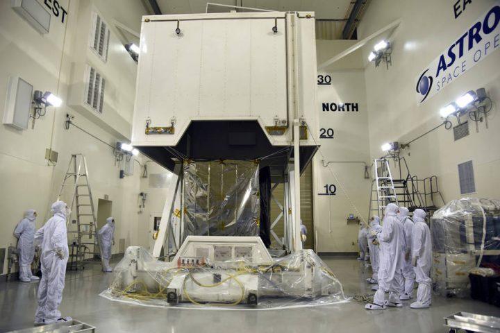 NASAが極氷の高さの変化を測定する任務を開始 最新鋭のレーザーを搭載した衛星を打ち上げ