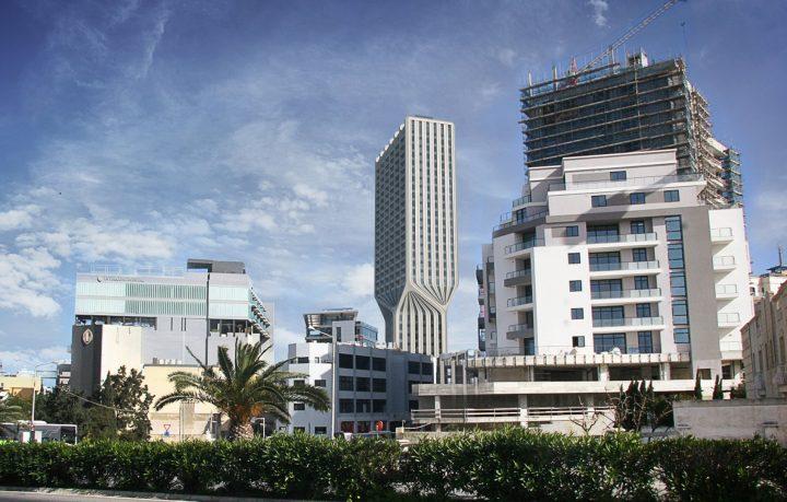 ザハ・ハディド・アーキテクツがマルタ島のマーキュリーハウスを改装 「マーキュリータワー」として新たな…