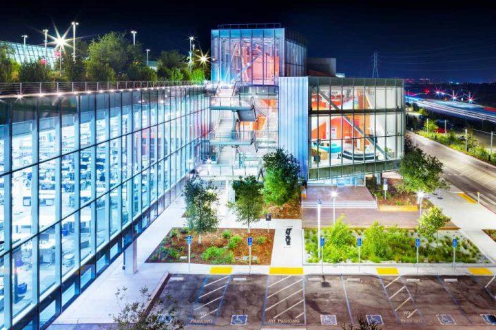 フランク・ゲーリーが設計するFacebookの新オフィスビル「MPK 21」 建設計画の最新情報が発表