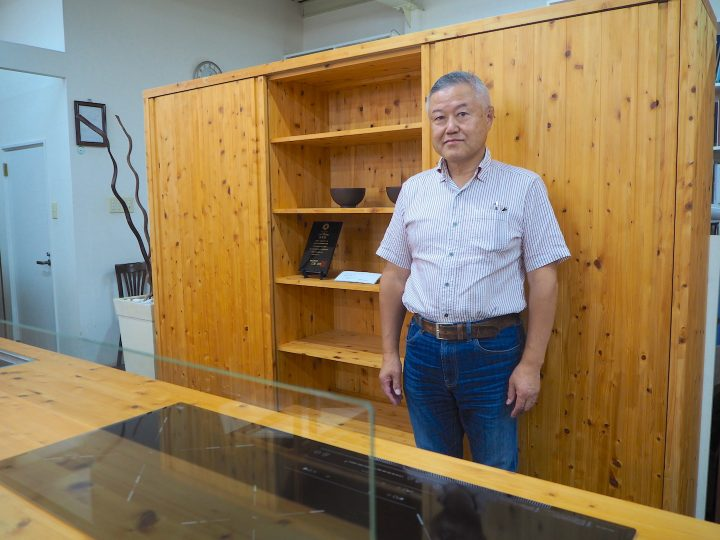 「LIVING & DESIGN2018」出展企業インタビュー 貴重な木材を用いたキッチンに注目が集まる【嶋本木工…