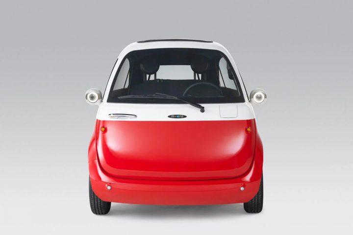 スイスの小型電気自動車「Microlino」の予約台数が8000台を突破 日本からの予約も200台
