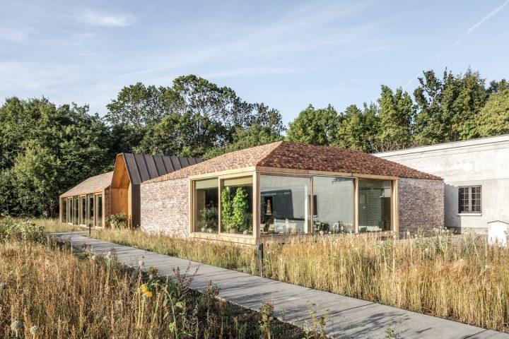 BIGが有名レストラン「noma」の新店舗「noma 2.0」を竣工 北欧の建築と自然あふれる庭園が楽しめる11の空…