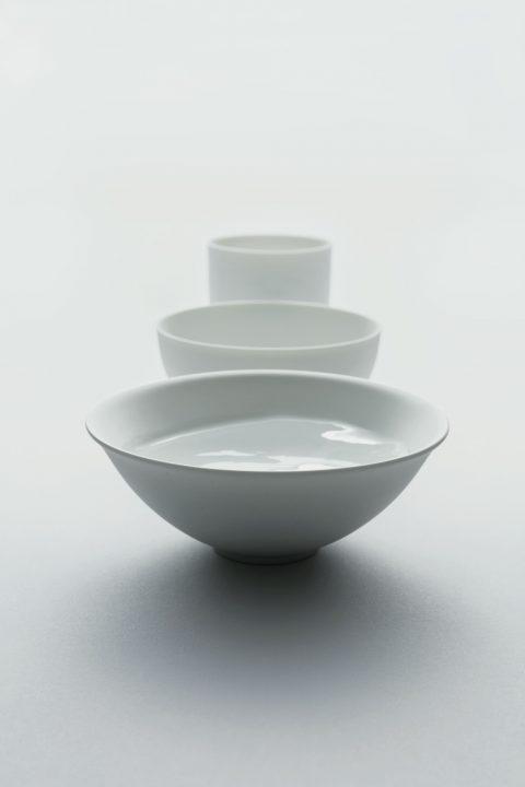 """ミシュラン一つ星の""""酒ガストロノミスト""""が開発 日本酒の味わいを楽しむための酒器 「asobi sake ceramics」"""