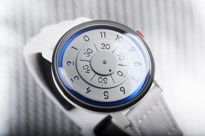 香港の時計メーカーANICORNとNASAのコラボウォッチ登場 60本限定で発売開始1分で完売
