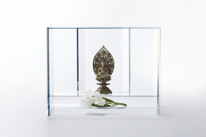 硝子の仏壇「澄壇(すみだん)」 株式会社まなかから新登場したオリジナル仏壇