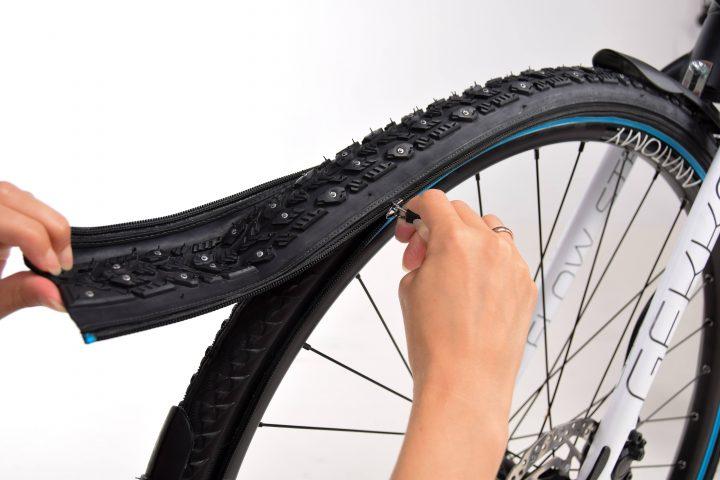 ノルウェー発、ジッパー式の自転車用タイヤシステム「reTyre」 路面状態に合わせて短時間で装着可能