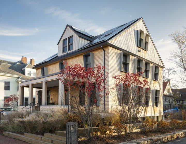 建築設計事務所 スノヘッタが手がけた「HouseZero」 既存の建物の非効率なエネルギー問題に取り組む