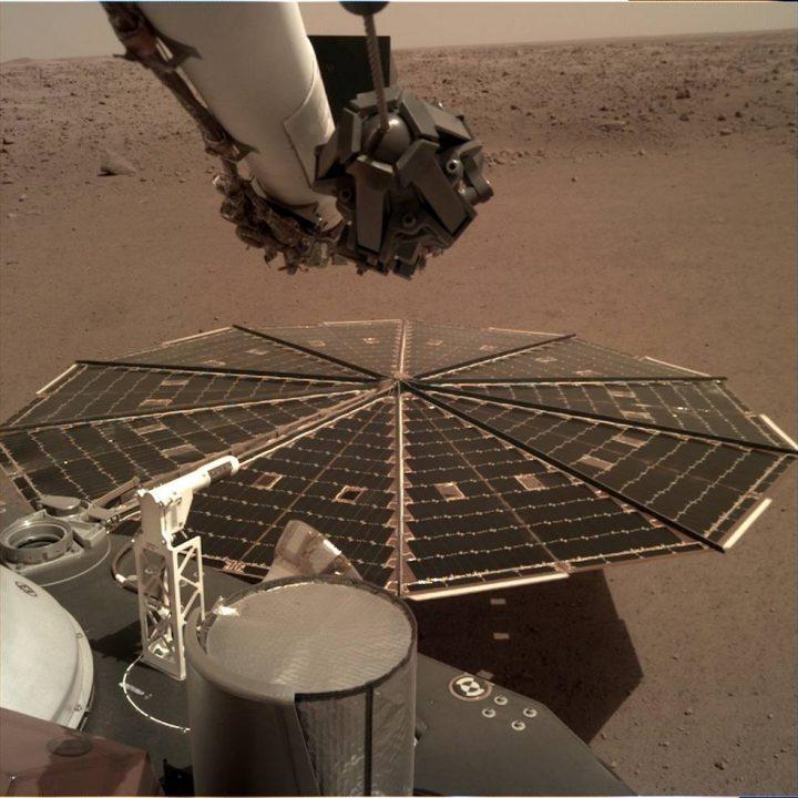 火星に着陸したNASAの探査機 InSight 初めて「風の音」のキャッチに成功
