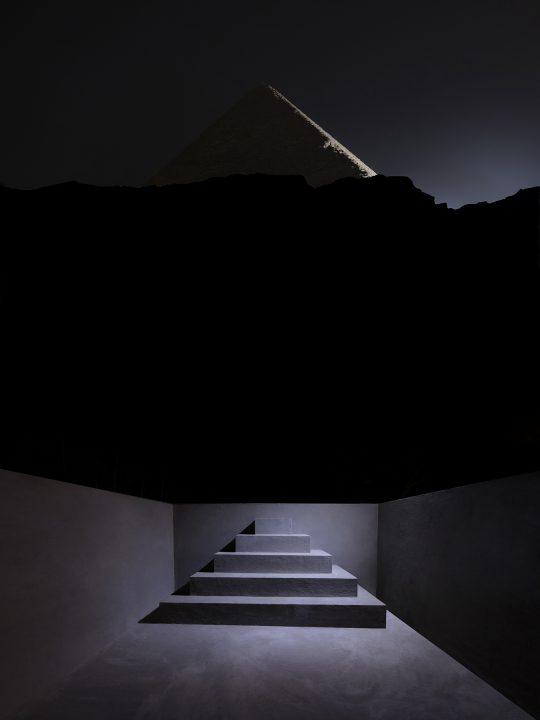 Malka Architectureが伝説の黒いピラミッドを再建 「BLVCK PYRVMID」が公開