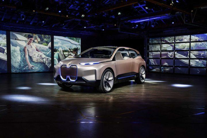BMWグループの次世代コンセプトカー 「BMW Vision iNEXT」が世界初披露