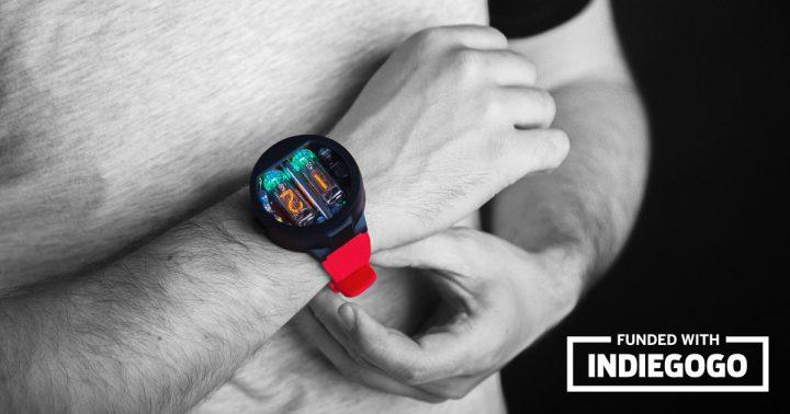 ニキシー管を使用した腕時計「Nixoid」が登場 ソ連製の軍事用デッドストックを活用