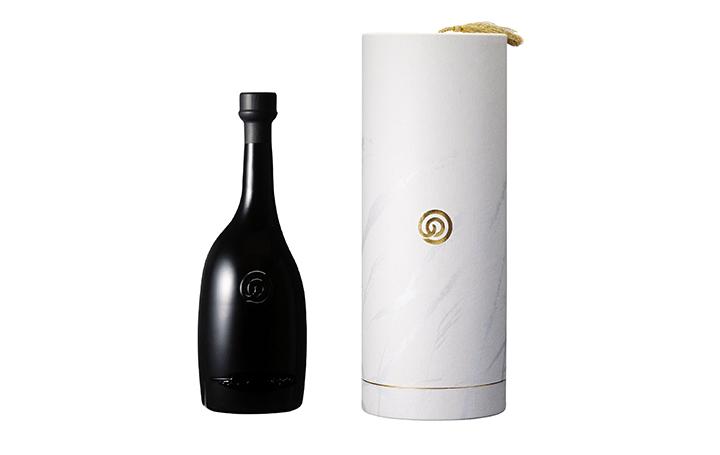 農口尚彦研究所 から限定シリーズ第一弾が登場 美術家 大樋年雄によるボトルデザインで