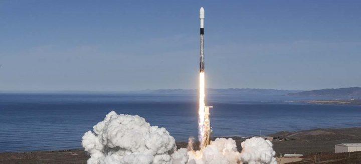スペースXがファルコン9ロケットの打ち上げに成功 同じブースターを再・再利用した通算3回目の発射