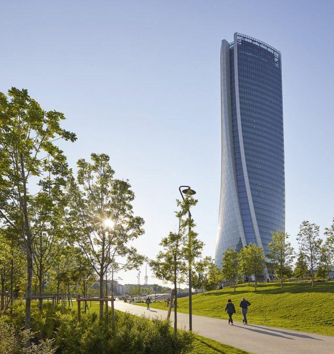 Zaha Hadid Architectsによる「Generali Tower」 最⾼レベルのエネルギー効率で賞を受賞