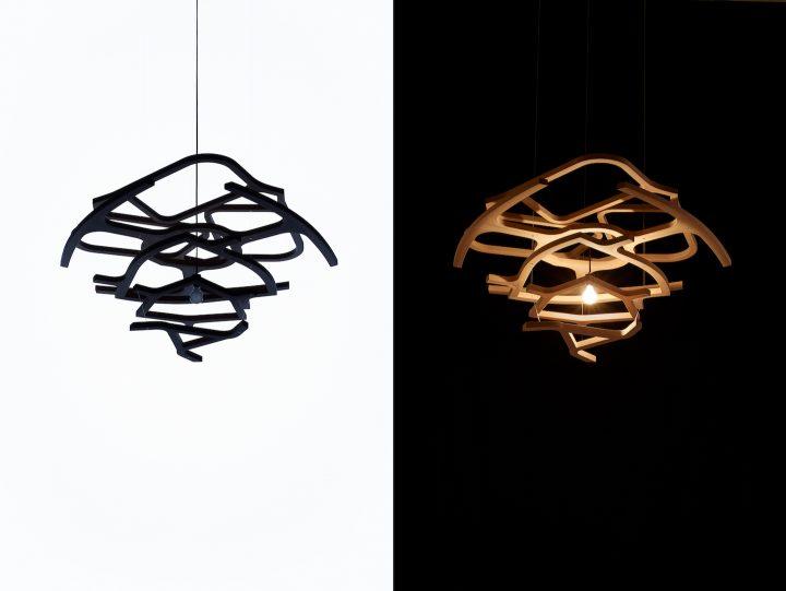 5つの椅子の型から生まれた照明 「アーカイブライト」を発表 天童木工の技術とデザインのアーカイブを再構築