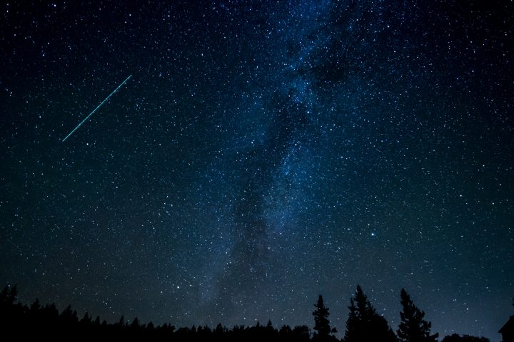 人工流れ星の実現をめざす民間宇宙ベンチャー ALE 人工衛星の初号機を載せたロケットの打ち上げが成功