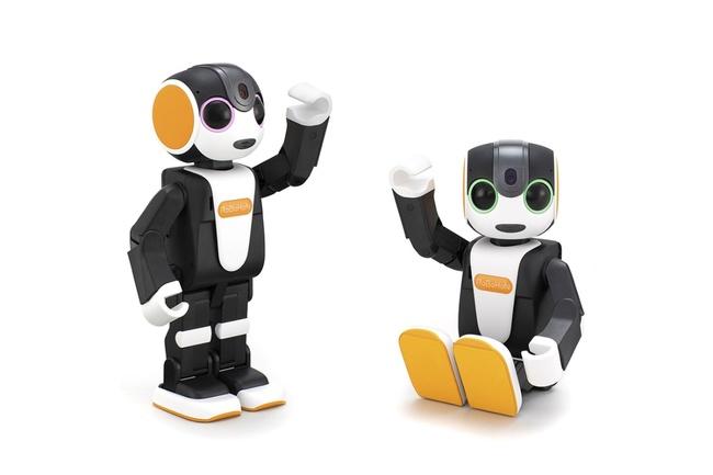 モバイル型ロボット「RoBoHoN」から新製品が登場 日常生活で楽しく便利に使える機能を搭載