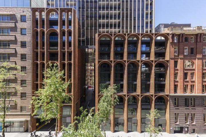 シドニーのKoichi Takada Architects 周囲の環境を再活性化させる高級アパートメント「Arc」
