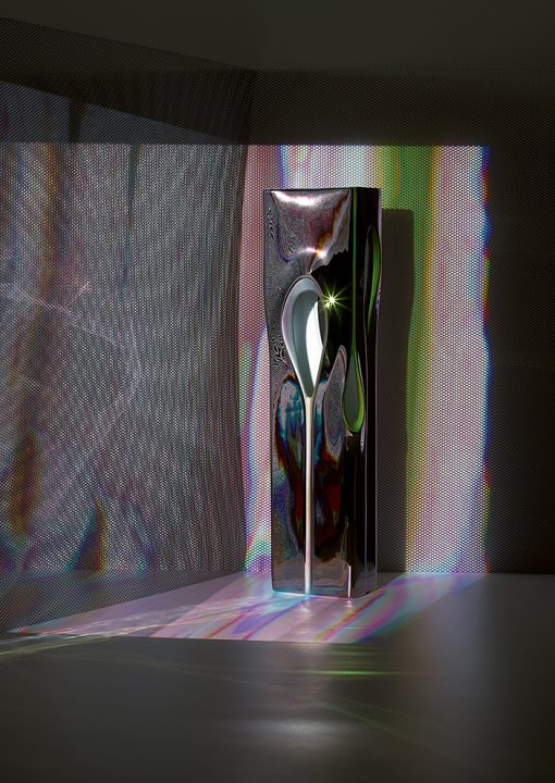 Zaha Hadid Designとローゼンタールがコラボ 第1弾はユニークな花瓶コレクション