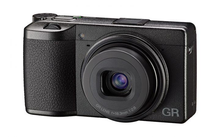 リコーからコンパクトデジタルカメラ「RICOH GR III」登場 プロフェッショナルユースにも応える高画質